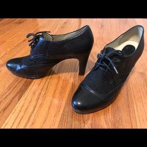Naturalizer size 10 menswear heels